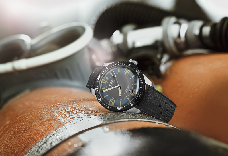 Oris-Divers-Sixty-Five-blue.jpg