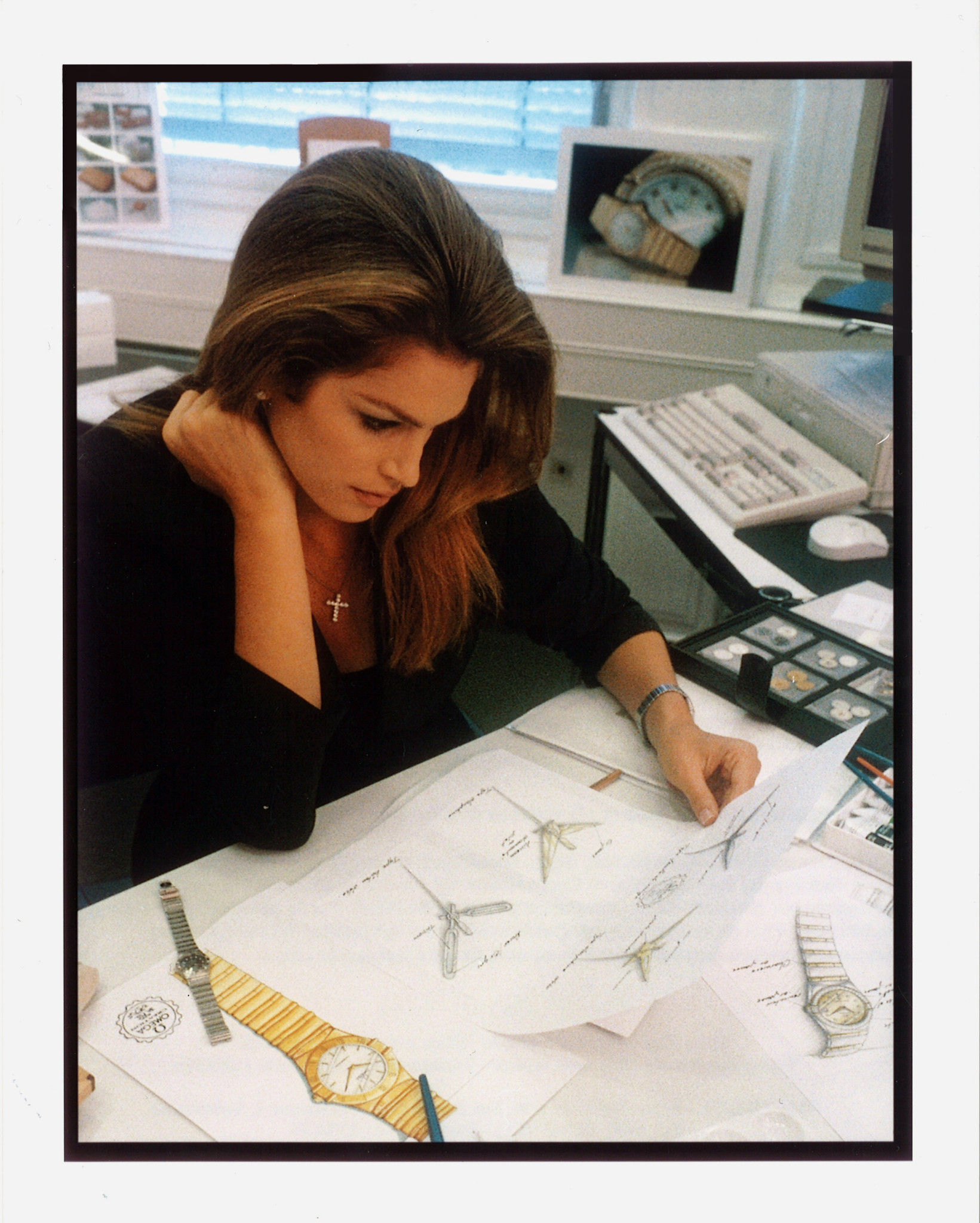 1996_Cindy Crawford working on the Constellation design at Omega in Bienne_1