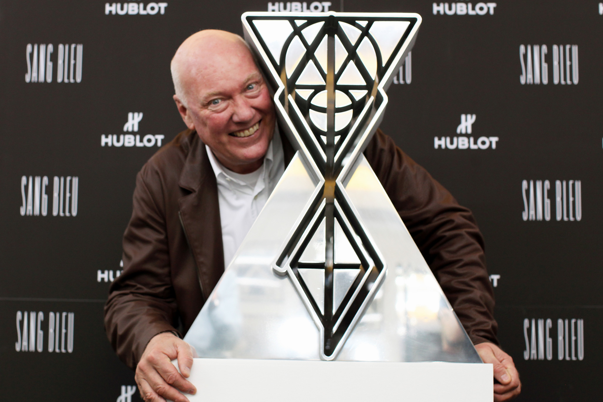 Jean-Claude Biver and the surprising and audacious glass and metal sculpture created by Sang Bleu