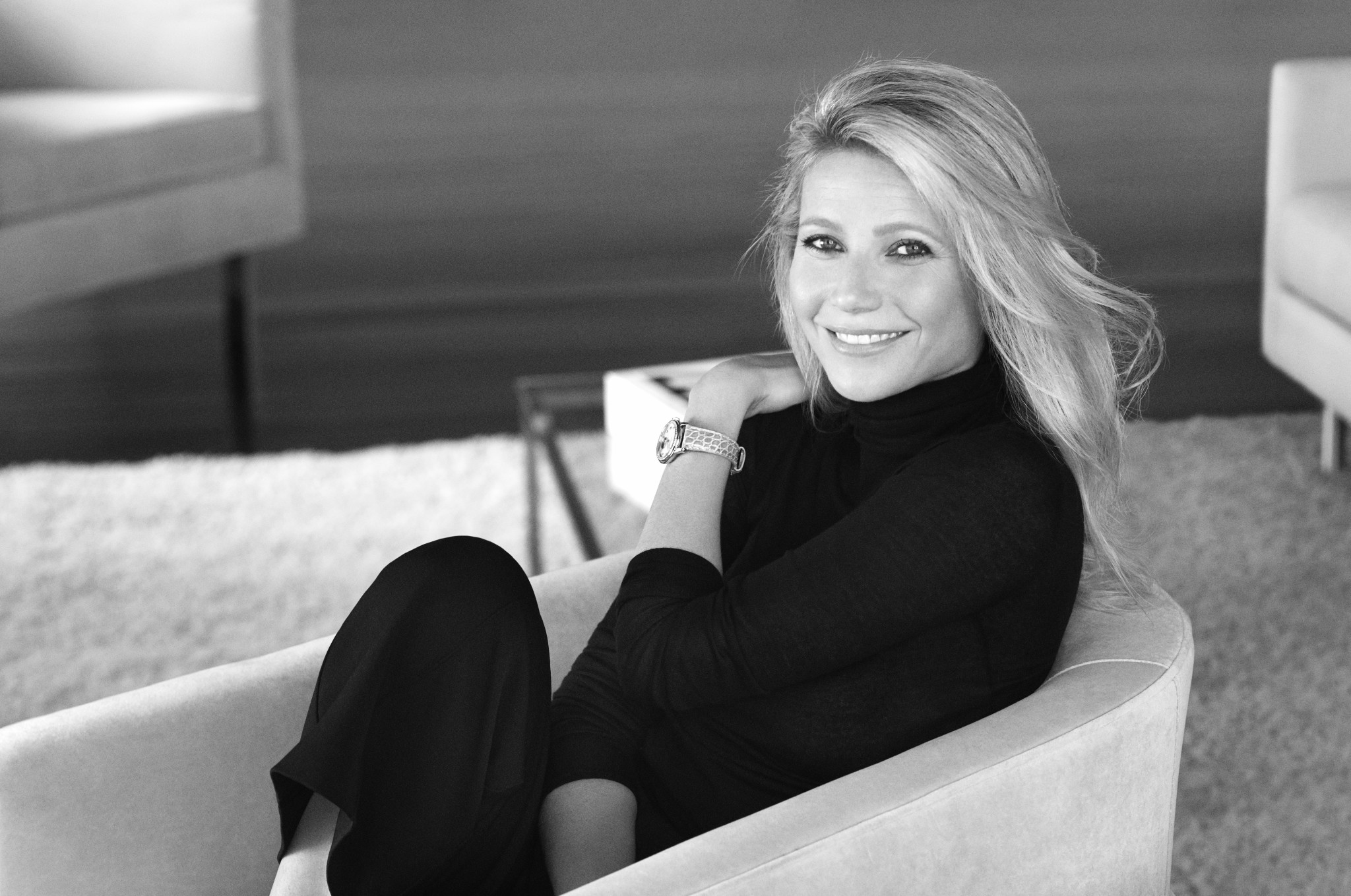 Frederique_Constant_Advertising_Image_New_Ambassador_Gwyneth_Paltrow