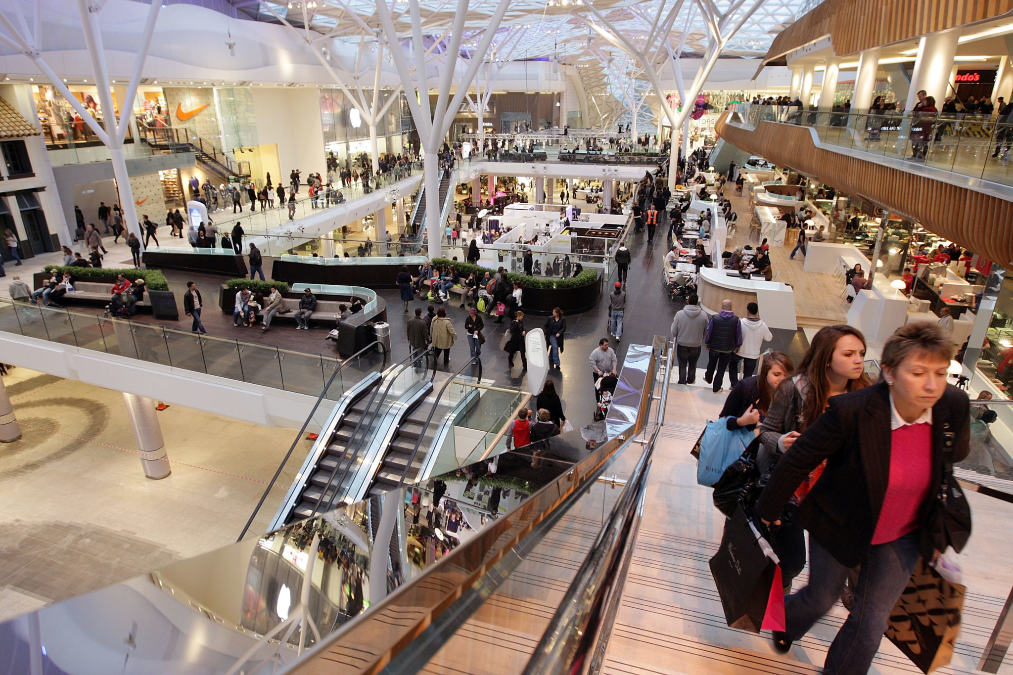 Grazia Magazine Produces Issue From New Shopping Centre