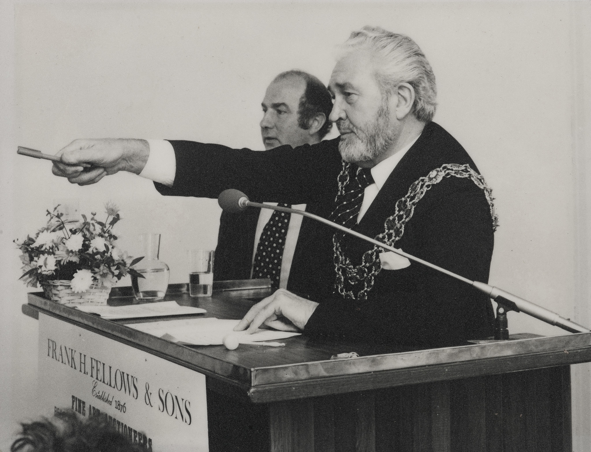 Antony Fellows and the Lord Mayor of Birmingham at one of their auctions.