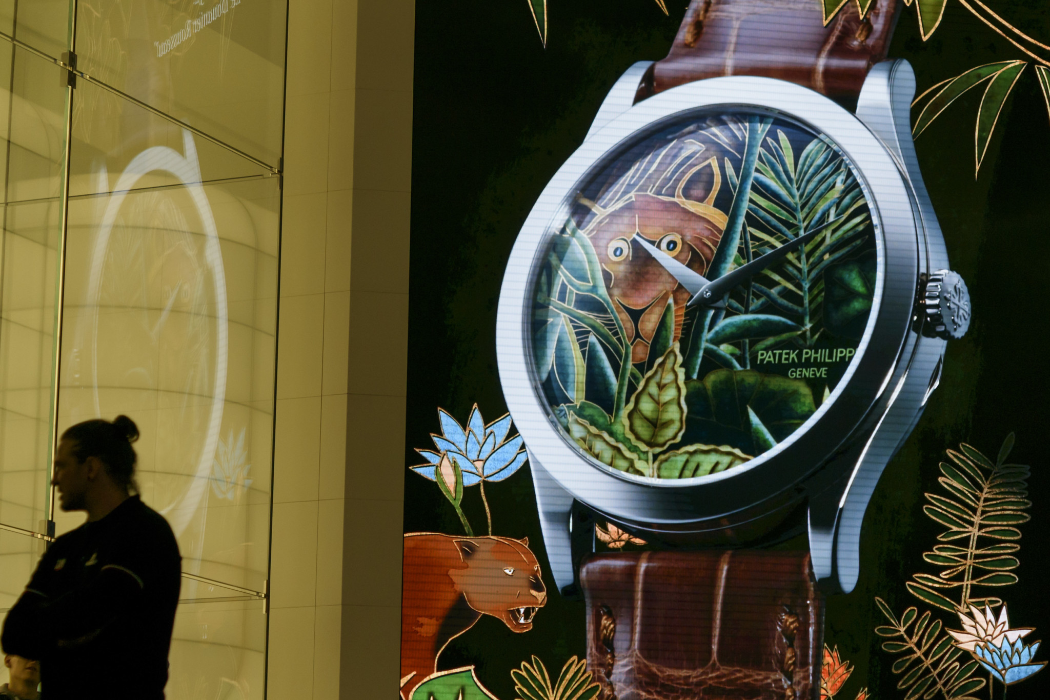 SWITZERLAND-LUXURY-RETAIL-WATCHES