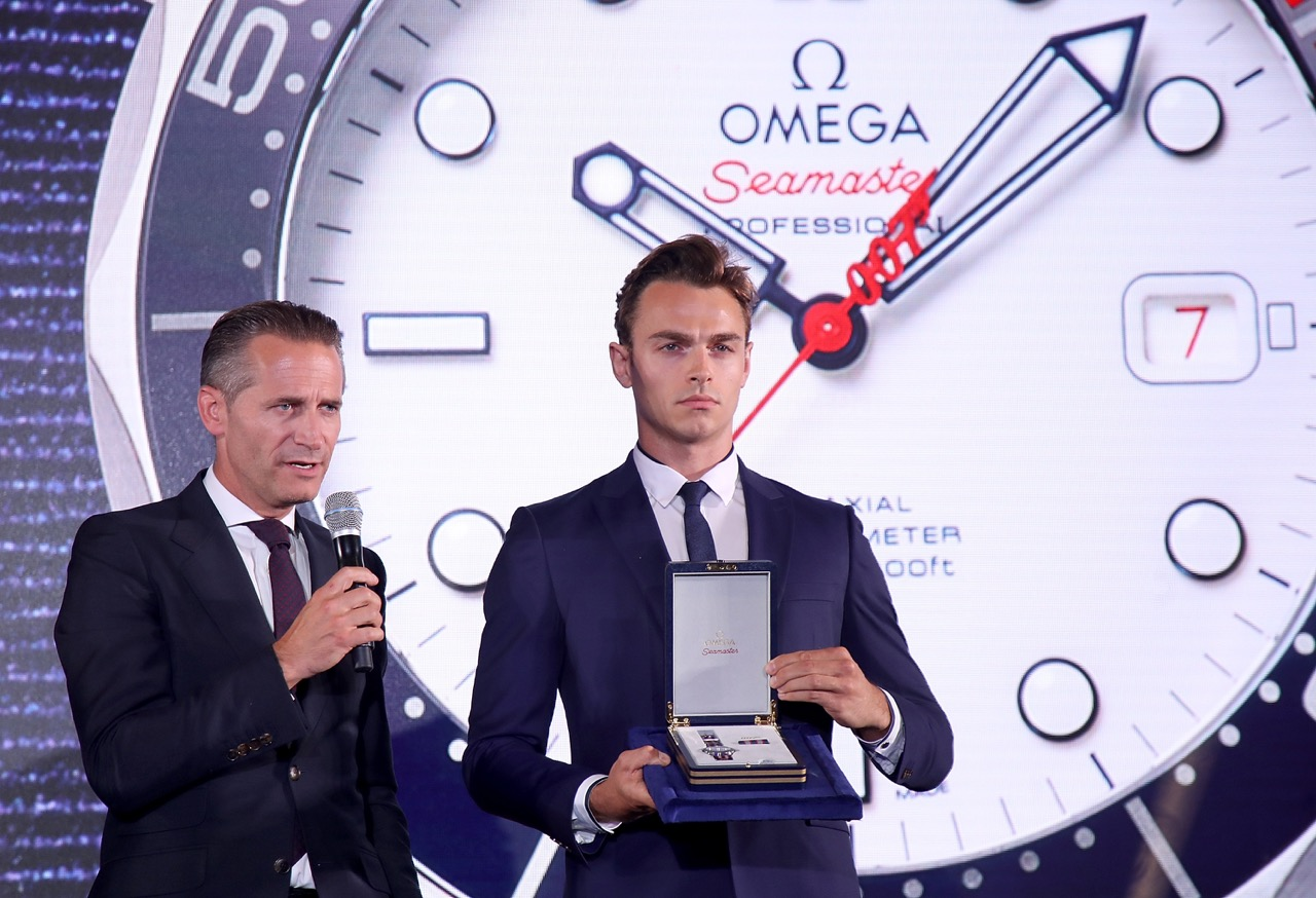 Omega CEO Raynald Aeschlimann presents the Commanders Watch.