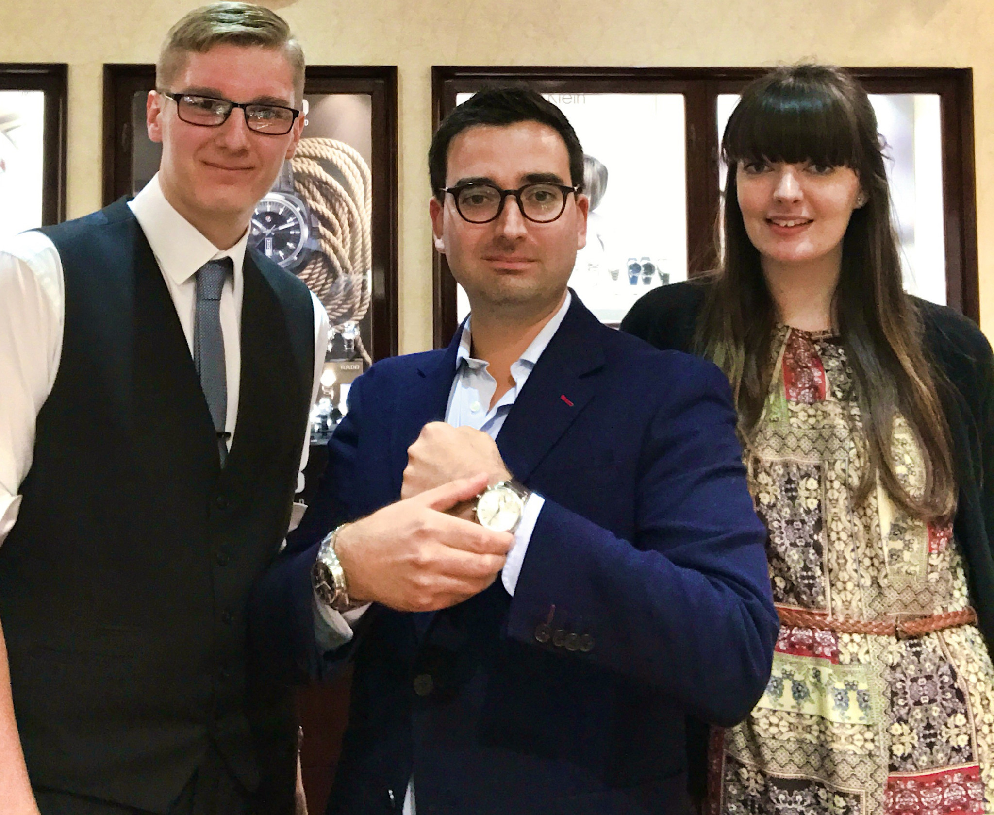 Tiago Sa-Henriques (centre) with Dipples team Jack and Georgina take their own selfie using the Kronaby watch connected to a smartphone.