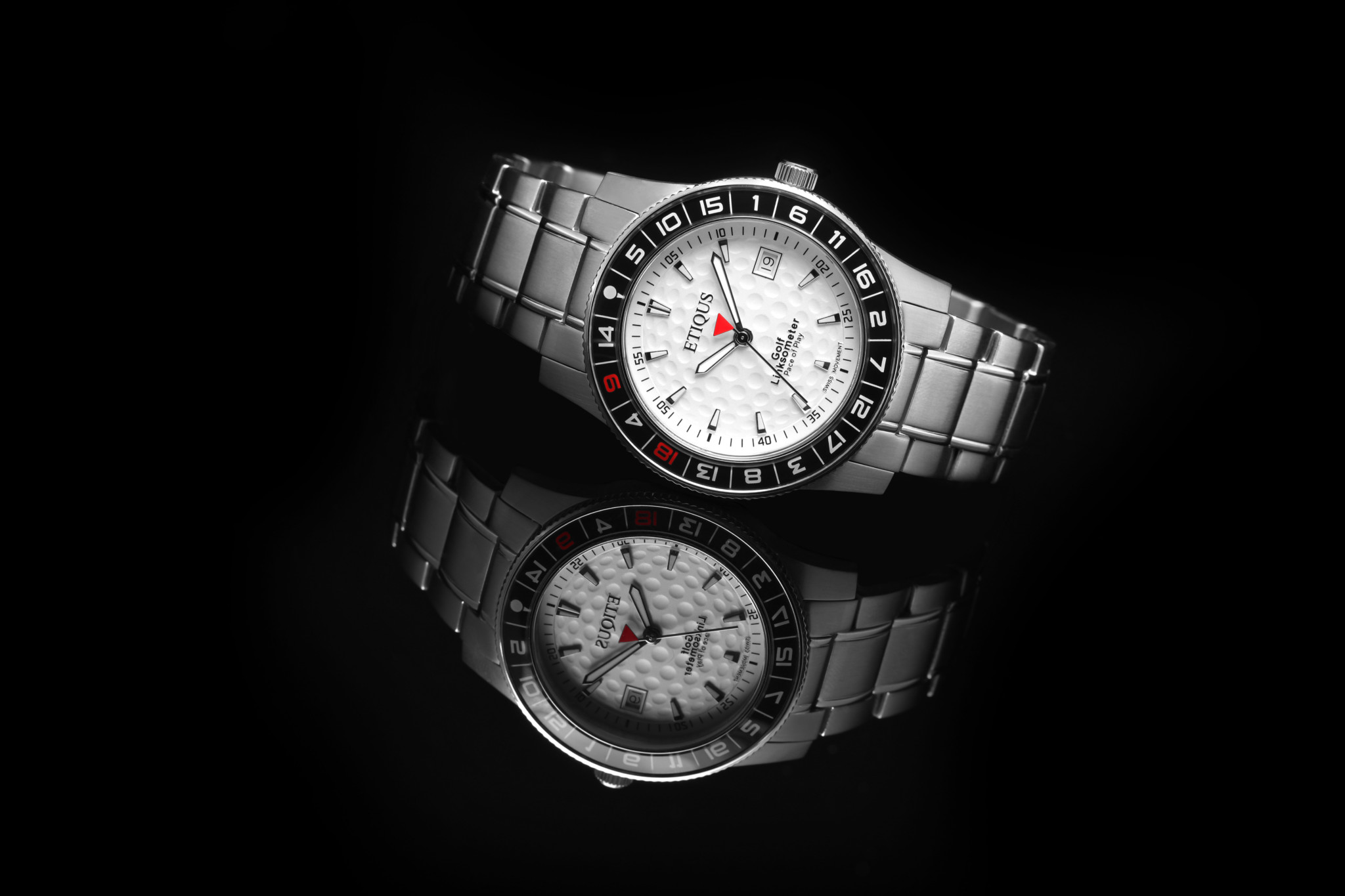 Etiqus Sport Tour Model 9118 - The bezel isn't just practical but is also a handy way of identifying the wearer as a golfer to other enthusiasts.