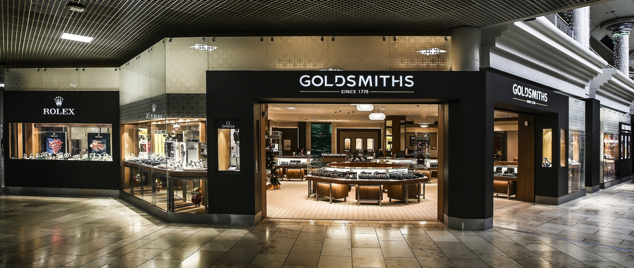 Goldsmiths new intu Metrocentre showroom (2)