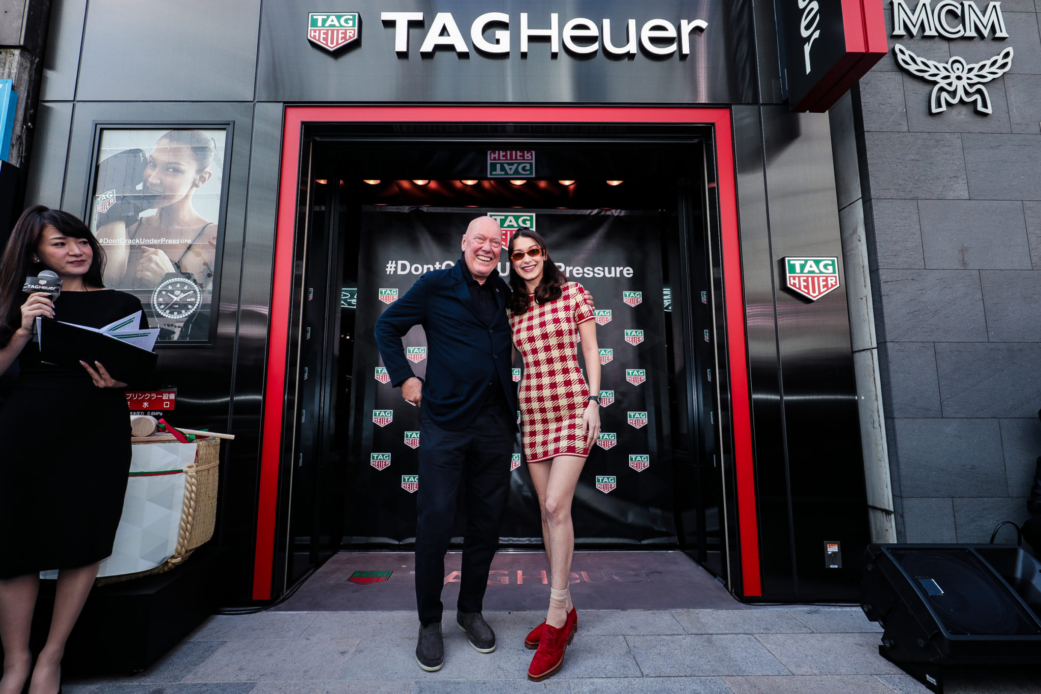 TAGHeuer_Bella Hadid opens the Ginza Boutique (13)