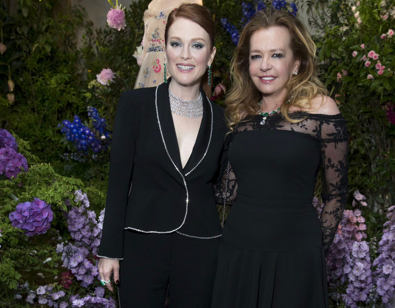 Julianne_Moore_and_Caroline_Scheufele-JPG_16004