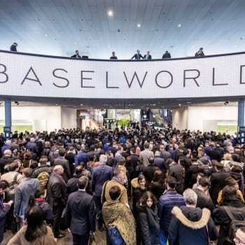 Baselworld crowd