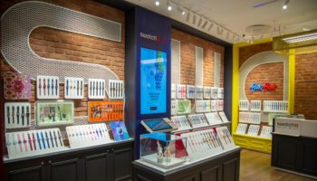 swatch-oxford-street-nov19-007